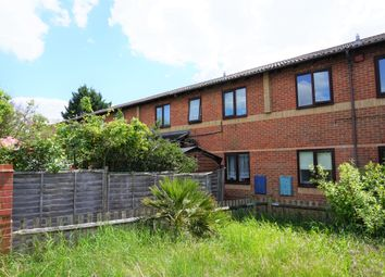 Thumbnail 1 bed maisonette for sale in Wentworth Avenue, Slough