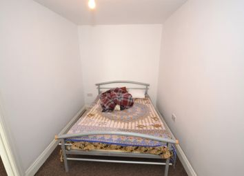 Thumbnail 1 bed flat to rent in West Road, Bedfont