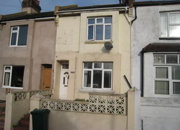 3 bed terraced house to rent in Bear Road, Brighton BN2