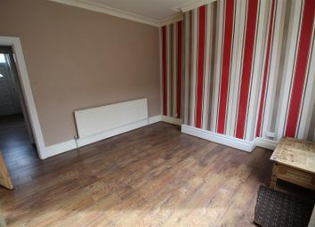 Thumbnail 4 bed terraced house to rent in Alton Grove, Shipley