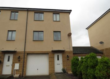 Thumbnail 3 bed town house for sale in Rhodfa'r Gwagenni, Barry