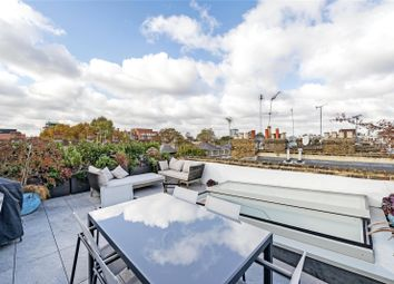 Thumbnail 2 bedroom flat for sale in Gunter Grove, London