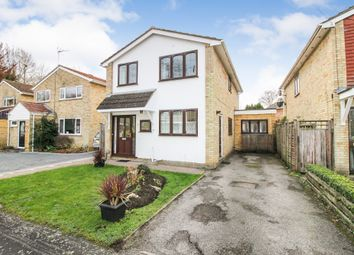 Thumbnail 4 bed detached house for sale in Fleming Close, Farnborough, Hampshire