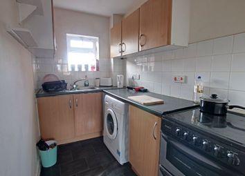2 bed flat to rent in Shails Lane, Trowbridge BA14
