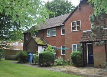 Thumbnail 1 bedroom maisonette to rent in Vesey Close, Farnborough