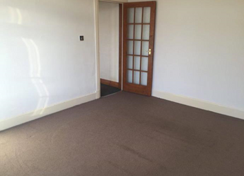 Thumbnail 2 bedroom flat to rent in Strathmartine Road, Dundee DD3,