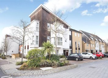 Thumbnail 2 bed flat to rent in Lindisfarne Way, Reading, Berkshire