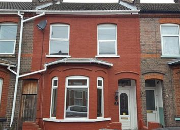 Thumbnail 3 bed terraced house to rent in Vernon Road, Luton