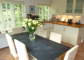 Thumbnail 3 bed property to rent in Hill Farm Road, Taplow, Maidenhead