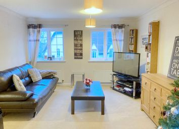 2 bed flat for sale in Chelmer Road, Springfield, Chelmsford CM2