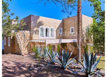 Thumbnail 6 bed finca for sale in Benimussa, Ibiza, Spain