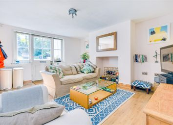 Thorney Hedge Road, London W4. 1 bed flat