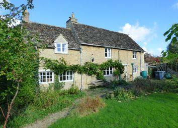 Thumbnail 2 bed cottage for sale in Kencot, Lechlade