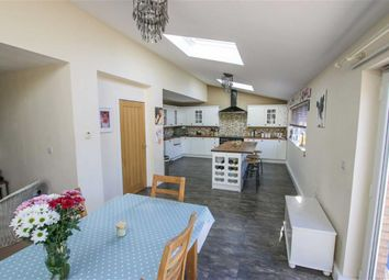 Thumbnail 5 bed property for sale in Lawrence Lane, Middle Rasen, Lincolnshire