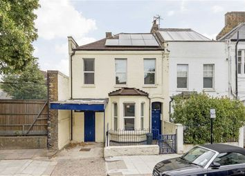 Thumbnail 6 bed property for sale in Middle Row, London