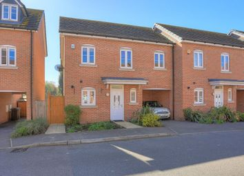 Thumbnail 3 bed property to rent in Avian Avenue, Frogmore, St Albans