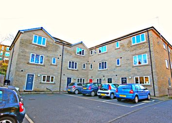 Thumbnail Room to rent in Lockwood Scar, Newsome, Huddersfield
