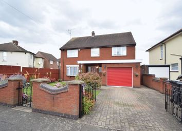 Thumbnail 4 bedroom detached house for sale in Stanford Road, Luton
