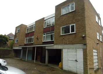 Thumbnail 2 bed flat for sale in Downs Road, Luton