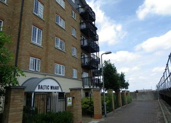 Thumbnail 2 bedroom flat to rent in Clifton Marine Parade, Gravesend