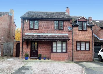 Thumbnail 4 bed link-detached house for sale in Foscote Rise, Banbury