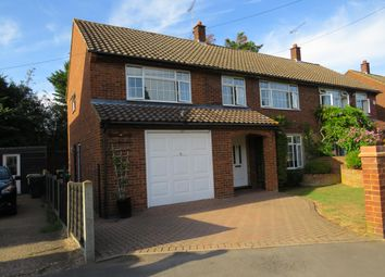 Thumbnail 5 bed property to rent in Hyde Mead, Nazeing, Waltham Abbey
