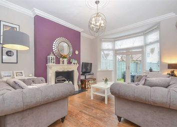 Thumbnail 1 bed flat for sale in Woodfield Road, Leigh-On-Sea, Essex