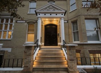 Thumbnail 4 bedroom flat to rent in Arkwright Road, Hampstead, London