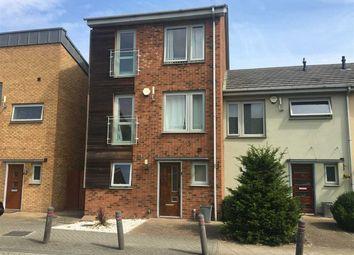 Thumbnail 5 bed property for sale in Birdwood Avenue, Dartford
