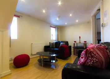 Thumbnail 3 bedroom flat to rent in Flat 3, 65 Woodsley Road, Hyde Park