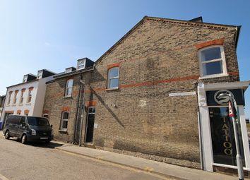 2 bed flat to rent in Cockburn Street, Cambridge CB1