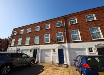 Thumbnail 6 bed property to rent in Blenheim Gardens, Kingston Upon Thames