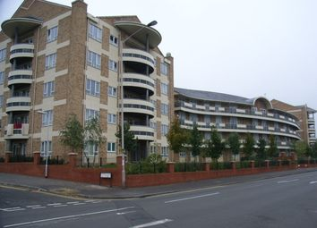 Thumbnail 3 bedroom flat to rent in Branagh Court, Reading