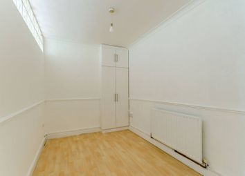 Thumbnail 5 bed property to rent in Horndean Close, Roehampton