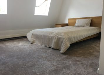 Thumbnail Room to rent in Saint Andrews, London