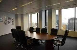 Thumbnail Serviced office to let in Angel Court, London