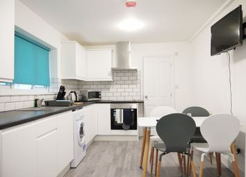 Thumbnail 5 bedroom shared accommodation to rent in Cambrian Grove, Gravesend, Kent