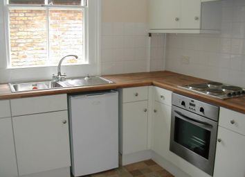 Thumbnail 1 bed flat to rent in Victoria Street, Englefield Green