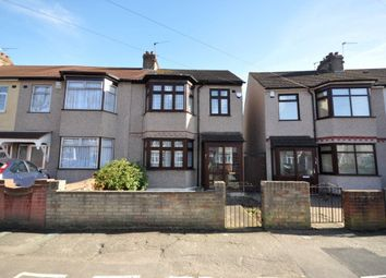 Thumbnail 3 bed property to rent in Strathmore Gardens, Hornchurch