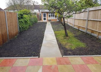 Thumbnail 2 bed flat to rent in Sherwood Avenue, Greenford
