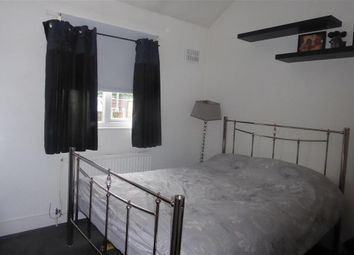 Thumbnail 1 bed flat for sale in Hollybush Hill, London