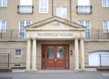 Thumbnail 2 bed flat for sale in Fobney Street, Reading