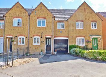 Jacaranda Close, Titchfield, Fareham PO15. 3 bed terraced house