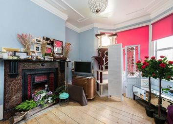 Thumbnail 1 bed flat for sale in Samuel Street, London