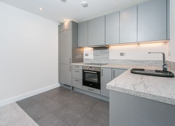 Thumbnail 2 bed flat to rent in Padworth Avenue, Reading