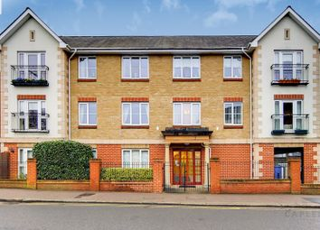 2 bed property for sale in Victoria Road, Buckhurst Hill IG9