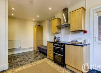 Thumbnail Flat to rent in Fortis Green Road, Muswell Hill