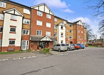 Thumbnail 1 bed flat for sale in Popes Court, Luton