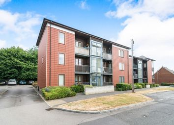 Thumbnail 2 bed flat to rent in Lefroy Avenue, Basingstoke