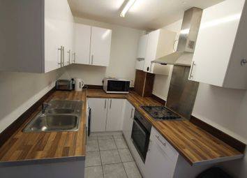 3 bed property to rent in Amity Road, Reading RG1